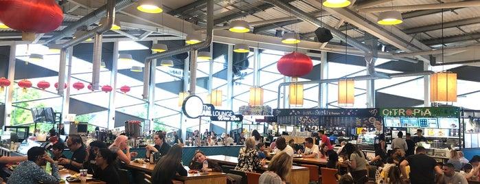 Bang Bang Oriental Food Hall is one of สถานที่ที่ Mark K ถูกใจ.