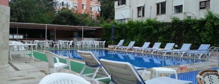 Zel Hotel is one of Locais curtidos por Inci.