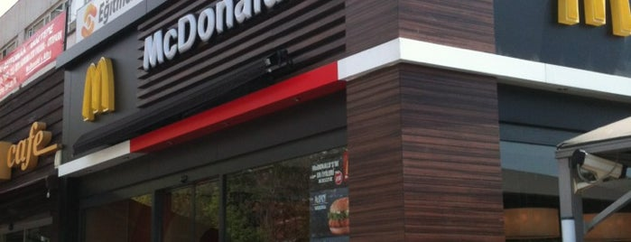 McDonald's is one of สถานที่ที่ Okan ถูกใจ.