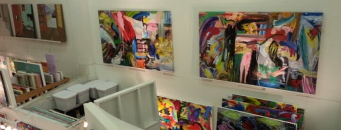 ArtCenter/South Florida is one of Pixie and Jenna in South Florida.