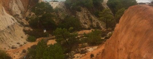 Pine Cliffs Resort is one of MENU'nun Kaydettiği Mekanlar.