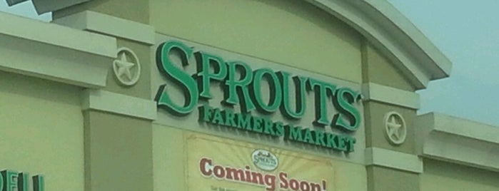 Sprouts Farmers Market is one of Posti che sono piaciuti a Annie.