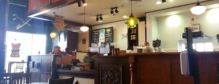 Potbelly Sandwich Shop is one of Tempat yang Disukai Jessica.
