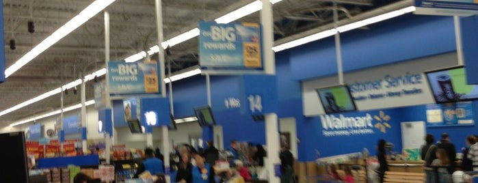Walmart is one of Lugares favoritos de Natz.