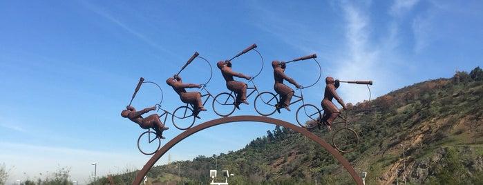 Parque Bicentenario is one of #SantiagoTrip2.