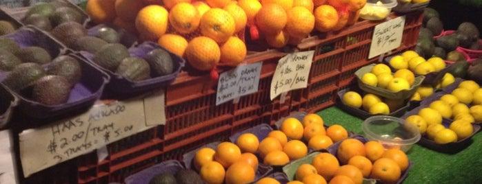 Ocean Beach Farmers Market is one of SanDiego15.
