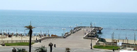 Pontile di Ostia is one of Light Blue Summer.