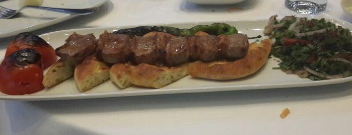 Et-inn Kebap & Steak is one of Orte, die Mevlüt🎬〽⌚🌇🚘💯✔ gefallen.