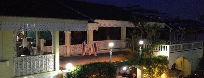 ร้านบ้านไม้ พิษณุโลก is one of Sukhothai.