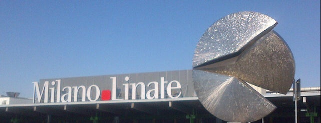 Aeroporto di Milano Linate (LIN) is one of Valerioさんのお気に入りスポット.