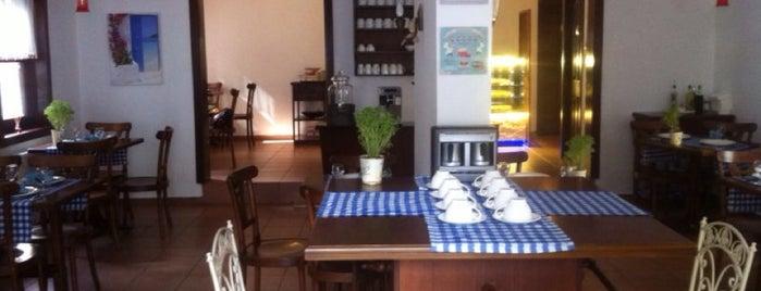 Tarçın Cafe is one of Tuğba'nın Beğendiği Mekanlar.