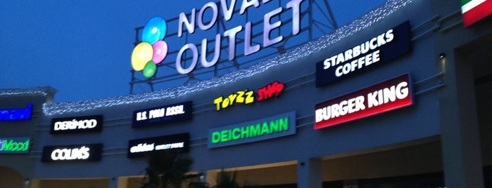 Novada Outlet is one of Orte, die Buse gefallen.