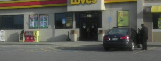 Love's Travel Stop is one of Lieux qui ont plu à Jackie.