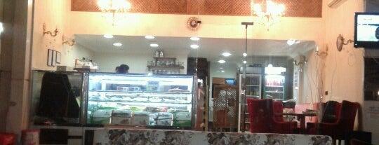 Cafe Kahverengi is one of Sabriye'nin Beğendiği Mekanlar.