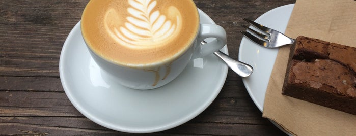 Curators Coffee Studio is one of Cafés EU.