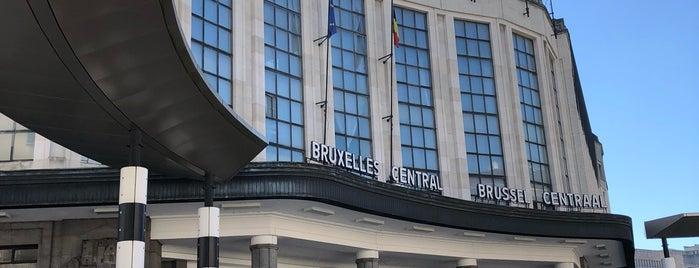 Estación Central de Bruselas is one of Lugares favoritos de Vlad.