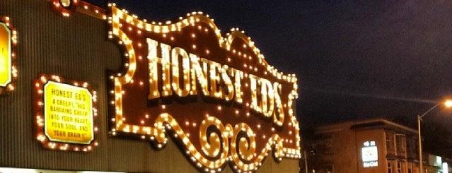 Honest Ed's is one of Tempat yang Disukai Boris.