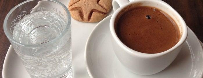 Viola Cafe Pastane is one of İstanbul Yeme&İçme Rehberi - 5.