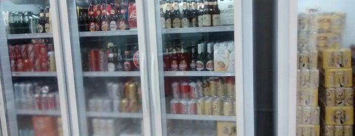 Mercado Da Cerveja is one of Locais curtidos por Enderson.