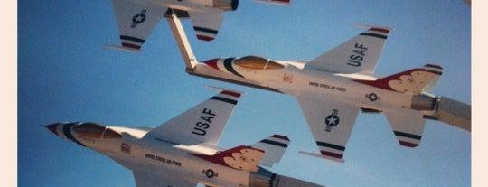Nellis Air Force Base is one of Gespeicherte Orte von Jimmie.