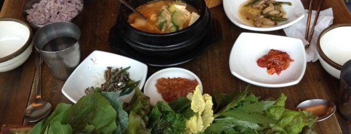 인사동 쌈밥집 is one of Topics for Restaurant & Bar ⑤.