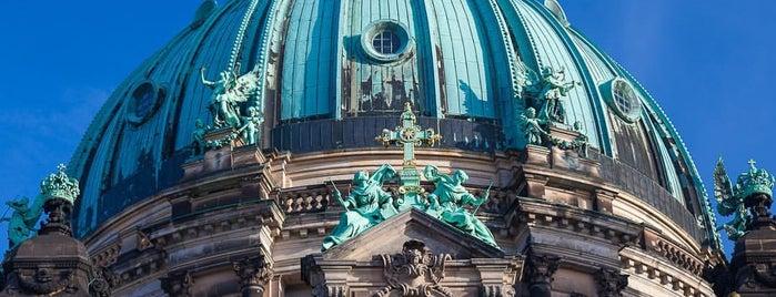 Duomo di Berlino is one of Posti che sono piaciuti a Svein-Magne.