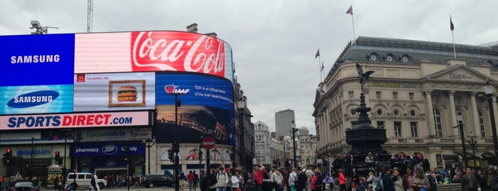 Piccadilly Circus is one of Must go when you are in London.