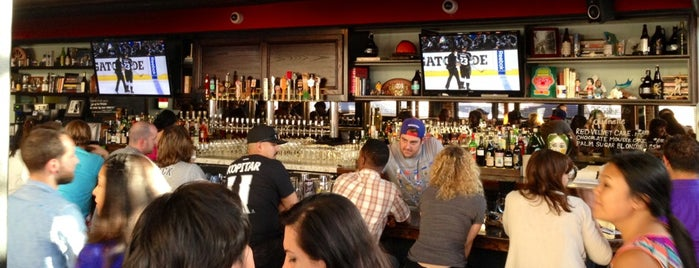 The Greyhound Bar & Grill is one of The Best Sports Bars in L.A. to Watch Football.