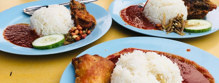 Roti Canai Bukit Chagar is one of JB.