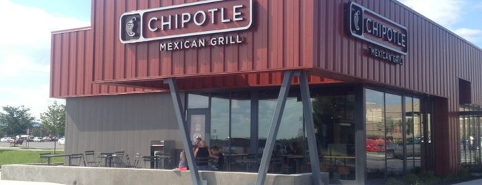 Chipotle Mexican Grill is one of Theodore : понравившиеся места.