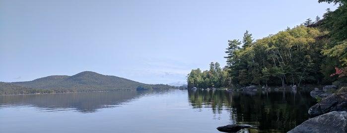 Long Lake is one of Orte, die Jess gefallen.