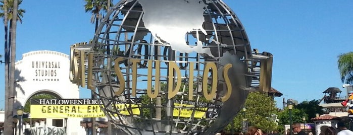 Universal Studios Hollywood Globe and Fountain is one of Attractions.