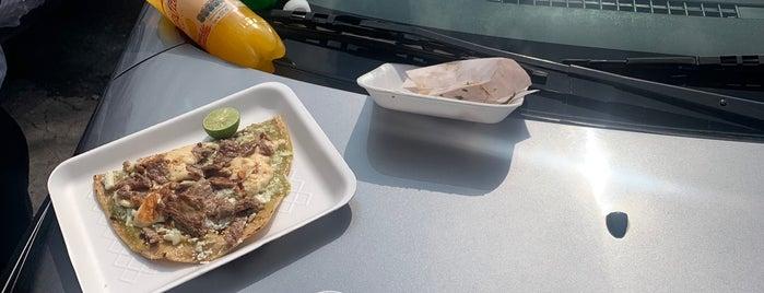 Tacos Los Calmantes is one of TAQUERIA.