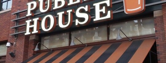 Public House is one of Lugares favoritos de Al.