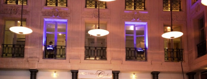 Hôtel d'Évreux is one of Katerina's Saved Places.