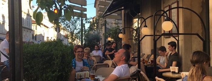 Le Café des Artistes is one of สถานที่ที่ Людочка ถูกใจ.