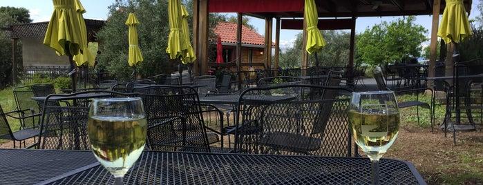 Bent Creek Winery is one of สถานที่ที่ Griffin ถูกใจ.
