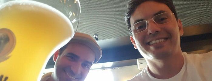 Latitude 30 Steakhouse is one of Locais curtidos por Thiago.