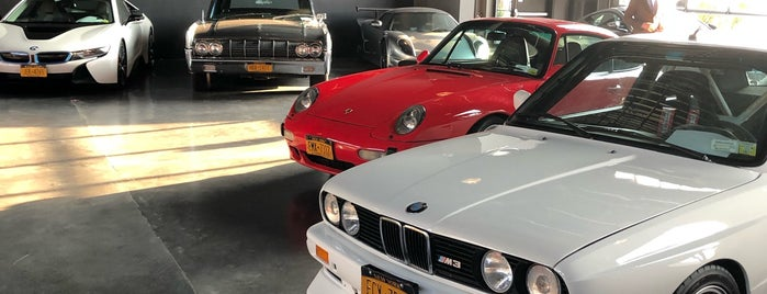Classic Car Club Manhattan is one of Orte, die Erik gefallen.