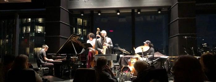 Dizzy's Jazz Club is one of Locais curtidos por Erik.