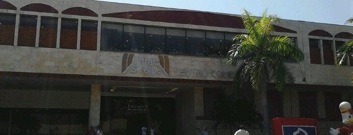 Centro Comercial Portal de San Felipe is one of Cartagenias.