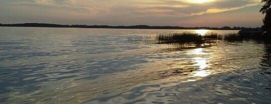 Lake Waconia is one of Posti che sono piaciuti a Kristen.