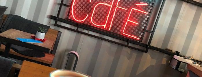 Mr. Bens Café is one of Düsseldorf Best: Coffee & desserts.