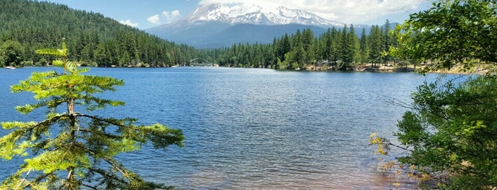 Lake Siskiyou is one of California - The Golden State (Northern).