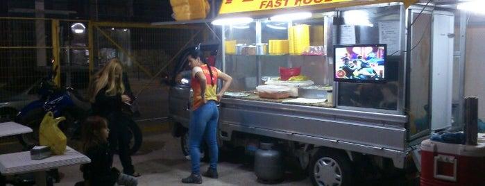 Pit Stop Fast Food is one of สถานที่ที่ Katarina ถูกใจ.