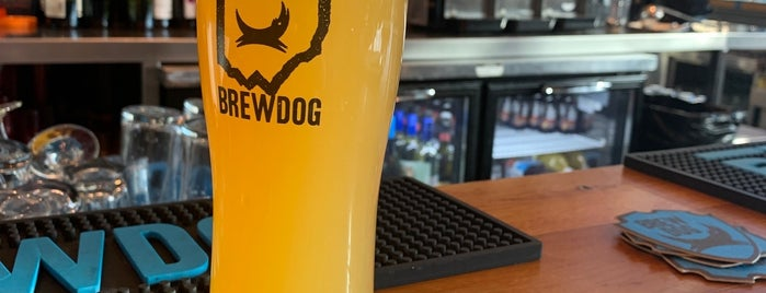 BrewDog USA is one of สถานที่ที่ Bill ถูกใจ.