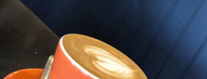Detour Café is one of Locais curtidos por Raya.