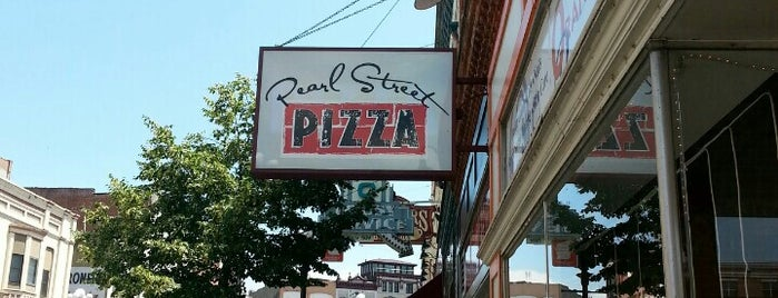 Pearl Street Pizza is one of Favorite Noms.