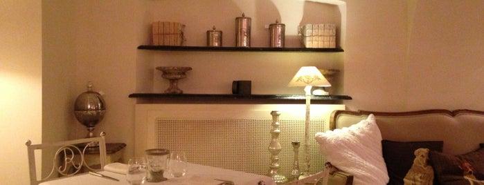 Rêve Café & Restaurant is one of Liguria Skywalking.