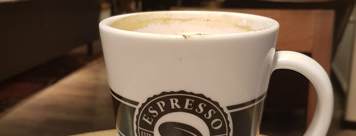 Espresso House is one of Locais curtidos por Simon.